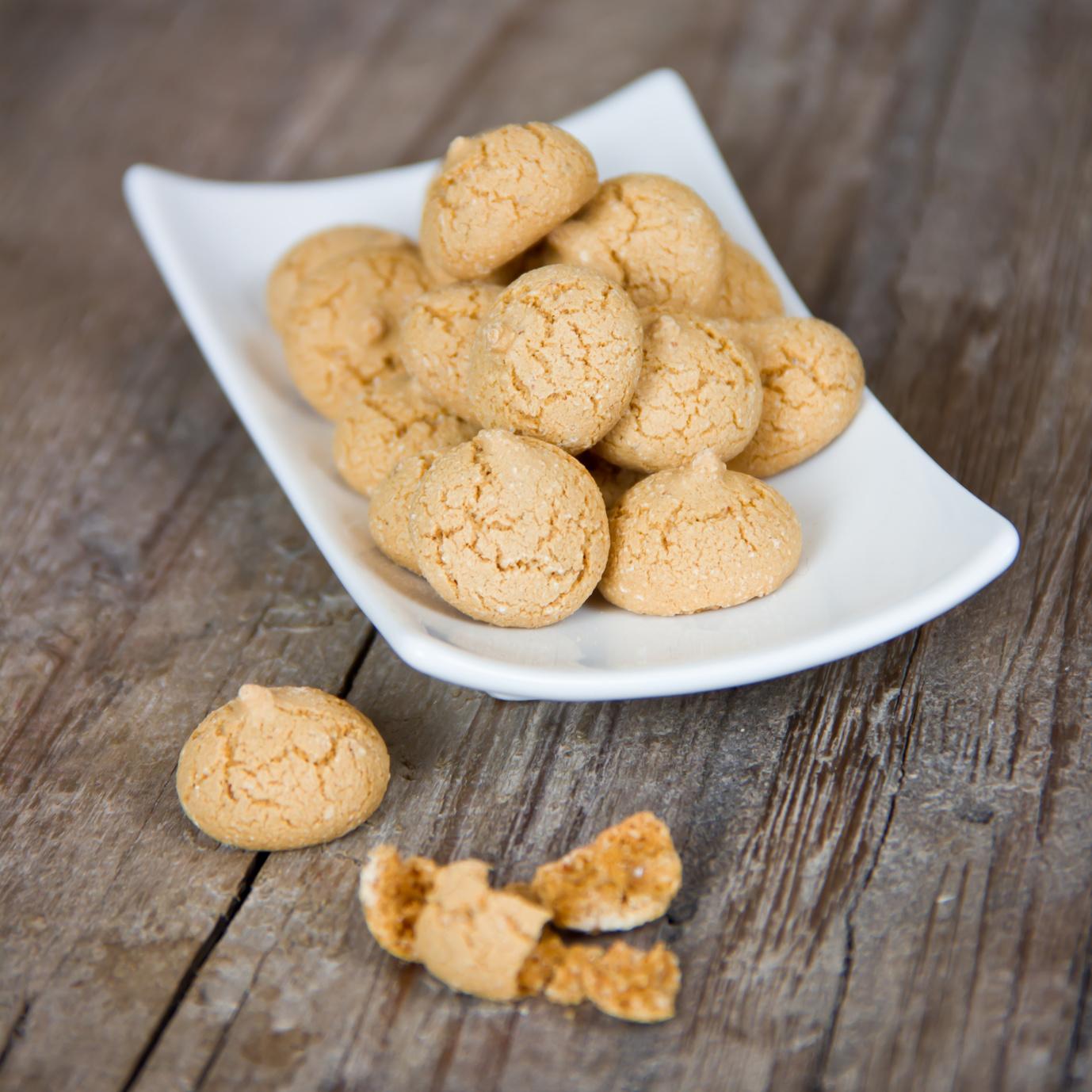 Amaretti Biscuits 120pc